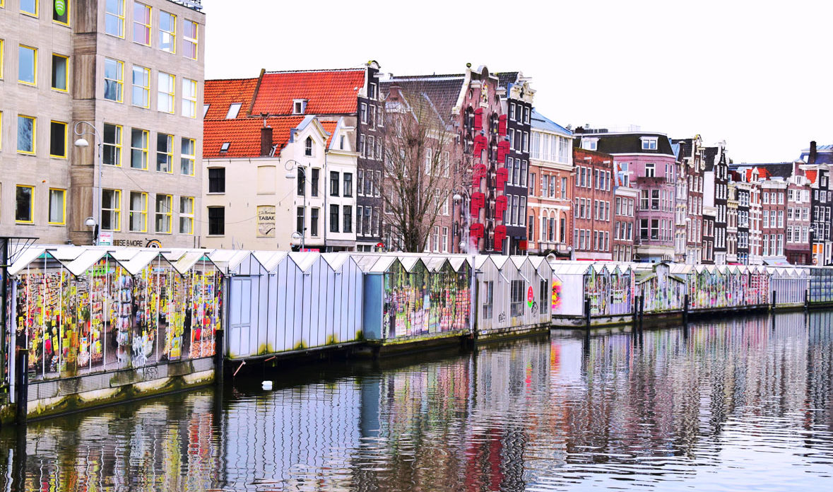 Amsterdam adventure - Red lights district, canals and other city's attractions